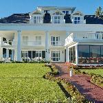 Grand Tara Hotel
