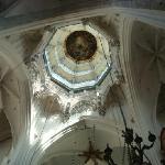 高さ43mの「聖母被昇天」
