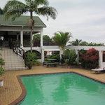 Ingwe Manor