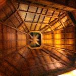 Le magnifique toit du lobby