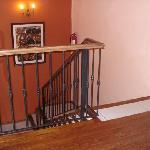 primer piso del hotel solo escaleras