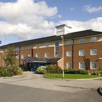 Wakefield South M1 J39 Premier Inn