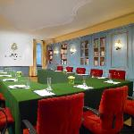 Luxury Hotel Goldener Hirsch, Meeting Room Bibliothek