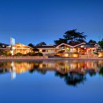Photo de Monterey Bay Lodge