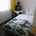One of our 2 rooms (onebed room)
