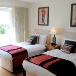 The Red Room: Twin En-Suite