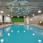 Our relaxing pool / La piscine relaxante
