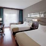 Beautiful double queen room / Chambre deux lits queen