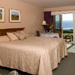 The Vintner's Select Guestroom