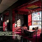 Lobby bar/lounge area