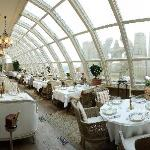 Italian Restaurant Buono - to your feet is the city of Moscow, the view is simply breath-taking