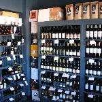 Isabella's Wine Market