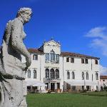 Villa Giustinian - Hauptgebäude