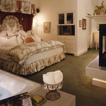 Jacksonville Inn Honeymoon Cottage