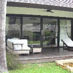 Front porch to bungalow