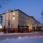 Best Western Plus Pembina Inn and Suites Night Shot