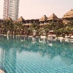 Immense piscine de l'hotel