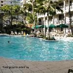 Waikiki Sand Villa pool area