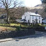Bunbrae and village inn next door.