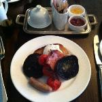 Full English breakfast, (no beans). Full, perfectly cooked. Truly the perfect breakfast.