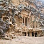 Siq al-Barid: einer der Sandsteintempel