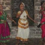 classical dance at paradise gardens