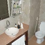 Toilet and vanity area (Twin room pool side)