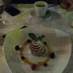 Pistaccio cake for dessert