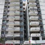 Abandoned building? Nope-Apartotel Eslait