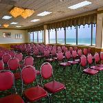 Currituck meeting room