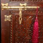 detalle de las puertas de las habitaciones