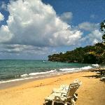 Reggae beach look right