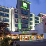 Welcome to the Holiday Inn Vancouver Airport Richmond
