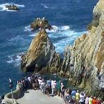 cliff divers