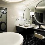 Bathroom of Atrium Room