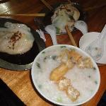 chee cheong fan n porridge
