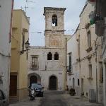 Passeggiando nelle viuzze del borgo antico