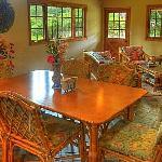 Haunani Dining Area