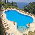 La piscina vista mare