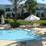 Royal Savoy Pool - deserted