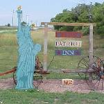 Patriot Inn sign