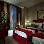 ttwin classic room of hotel dei borgognoni rome