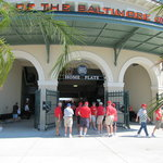 Ed Smith Stadium Foto