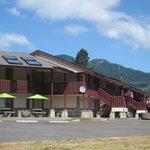Photo de Seasons Motel