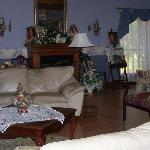 Grand Seating Room - Woodridge B&B