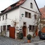 Front of Kreuzerhof Hotel Garni