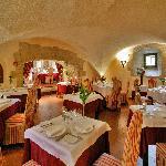 la salle du restaurant La Cour des Ducs