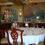 Mimslyn Dining Room