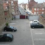 Le parking privé de l'hôtel