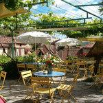 Bar Lapopie - Cafe Restaurant